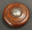 An oak 'double disc' circular snuff box - picture 1