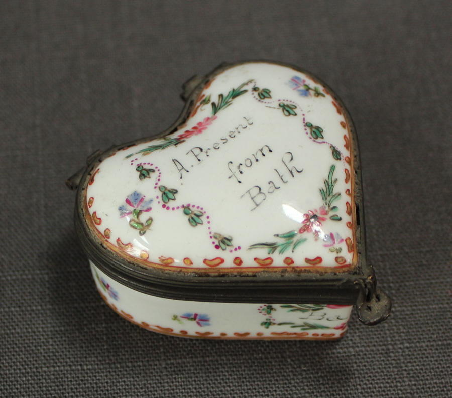 A Samson heart shaped patch box