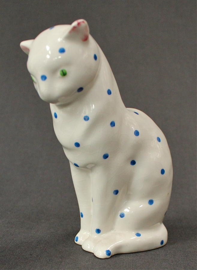A Plichta figure of a cat