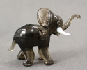 A Murano glass baby elephant - picture 1