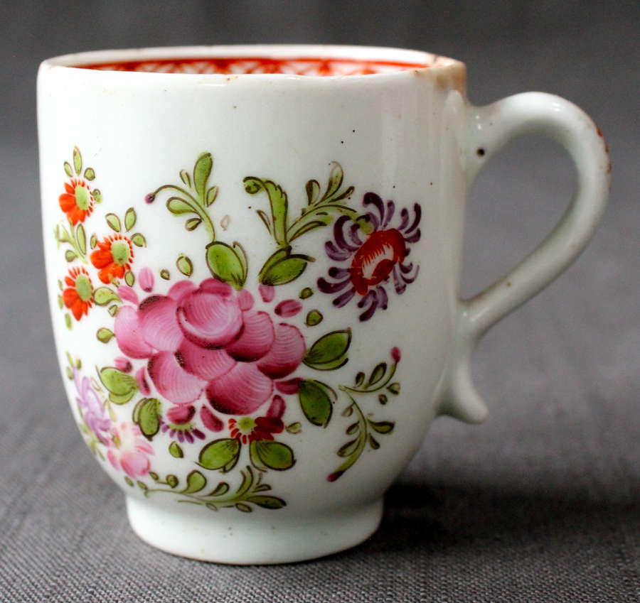 An 18th Century Lowestoft Coffee Cup